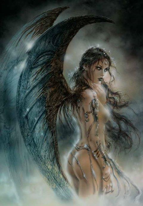 magnifique   femme ange   sexy