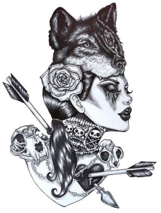 magnifique  femme  avec le  tète   de  loup