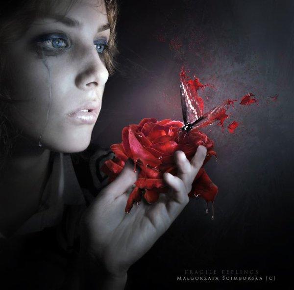 magnifique    visage  de  femme   gothique