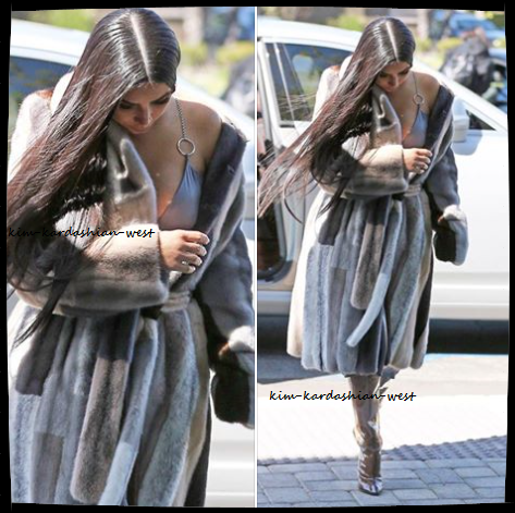08.03.17 |Kim Kardashian a été aperçue se rendant dans les studios d'E! sûrement pour les besoins de son émission de télé réalité.