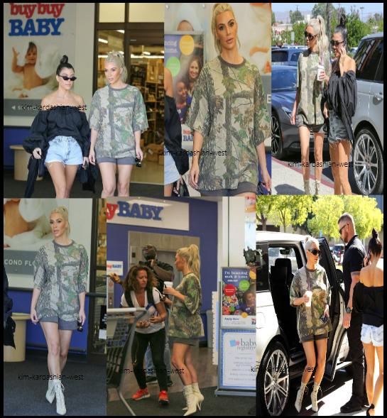 """9 octobre 2017 :  C'est en compagnie de sa grande s½ur Kourtney que Kim est allée faire du shooping dans une boutique pour enfants """"buybuy baby"""". J'aime beaucoup sa tenue, surtout ses chaussures."""