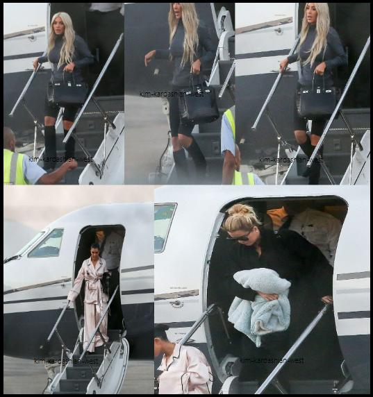 13 octobre 2017 : Kim a été photographiée arrivant en jet privée à San Francisco avec ses deux s½urs, Khloé et Kourtney !