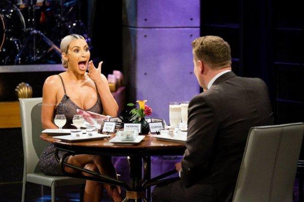 15.11.07 : Kim était présente à l'évenement Bumble Bizz au restaurant nobu à Los Angeles. Je la trouve resplendissante . Elle fut également sur le plateau de The Late late show.