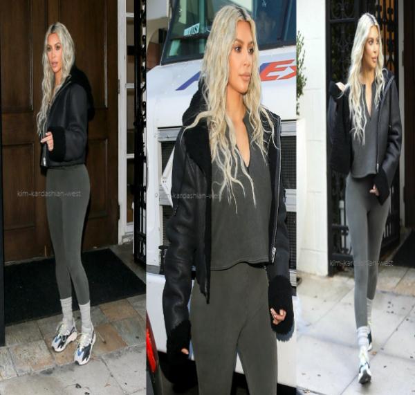 |12.01.18| Kim s'est rendu à Epione à Beverly Hills. Elle a remis ses extensions, je la trouve mieux ainsi !