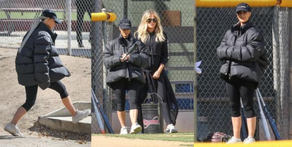 >> Le 14 fevrier, Kim a été vue sortant d'une boutique de fleurs, et ensuite, elle s'est changée pour aller faire du sport en famille.
