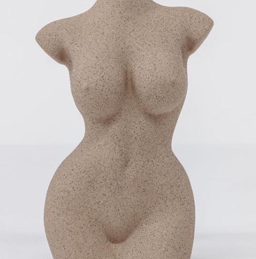 """Kim a réalisé un shoot pour son nouveau parfum et a fait un moule de son corps pour la bouteille.Elle est aussi en couverture du magazine """"The Business of fashion""""."""