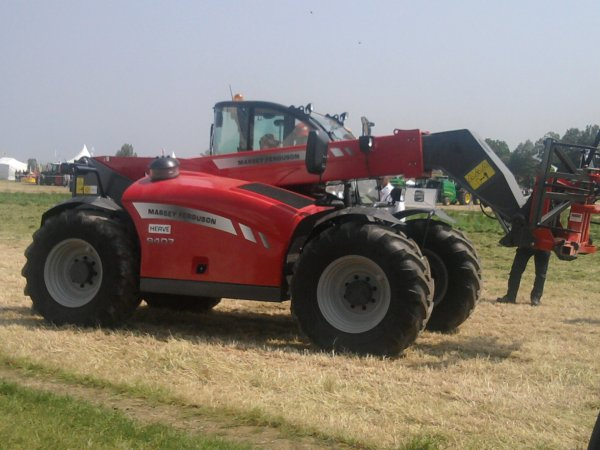télesco mf 9407 au salon de l'herbe