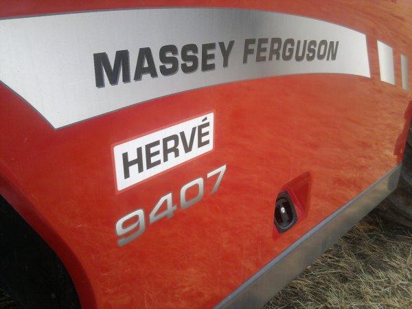 télesco mf 9407  de cher Hervé S.A au salon de l'herbe