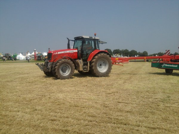 mf 7480 au salon de l'herbe 2012