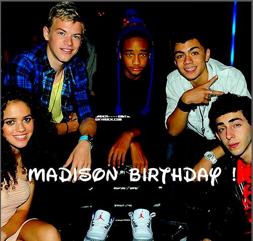 Jaden Smith à l'anniversaire de Madison Petit ( Cory est dans la place ).