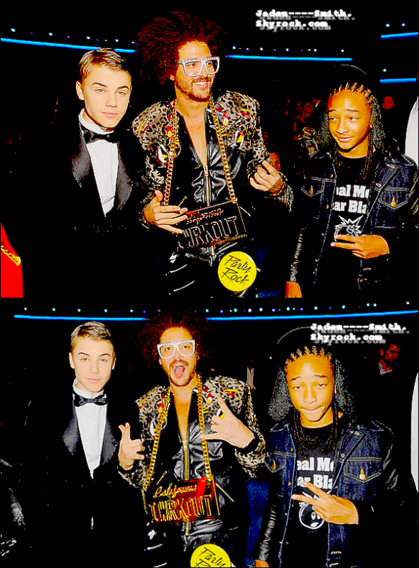 20/11/11 C'est les Americain Music Awards 2011.On peut sur ces photos,voir Jaden Smith posant avec des personnalités tels que Katy Perry,Will I Am,Selena Gomez,RedFoo de LMFAO,Justin Bieber ou encore Sean Kingston !