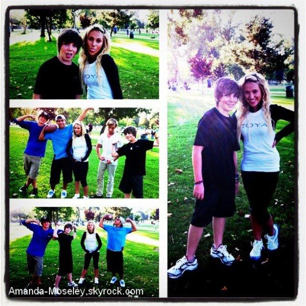 . .  Mandy a un Anniversaire + Mandy avec Christian Beadles + Mandy et Jordan Jansen jouant au foot (: ENJOY !  . .