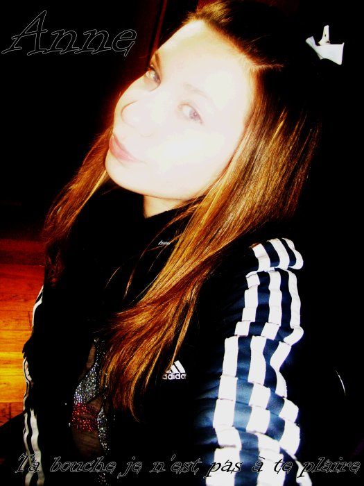 Serre toi contre moi...Embrasse moi...dit moi que tu m'aime ♥