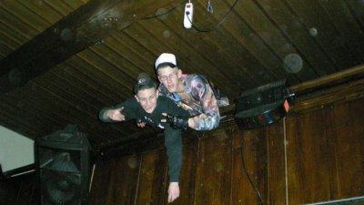 moi et chris @soiree au bar