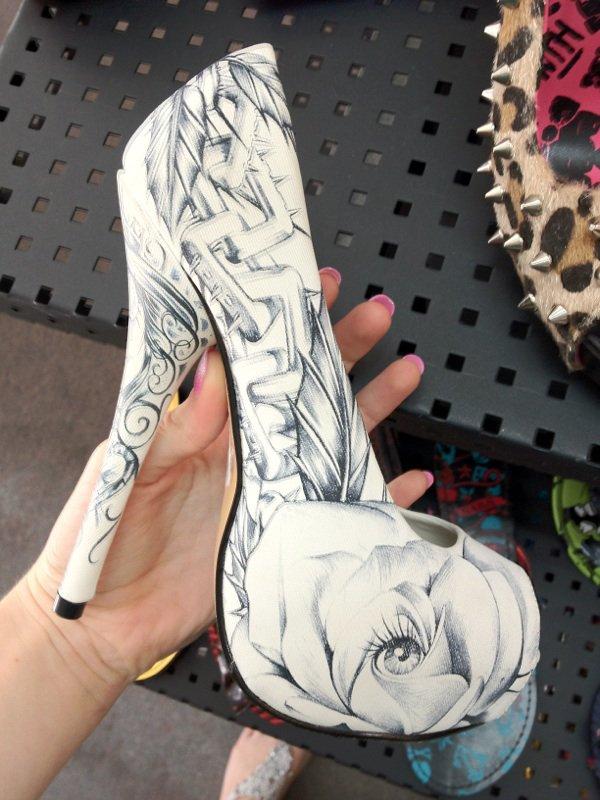 Beautiful shoes!!