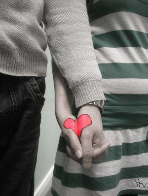 قلبي لك أيها الحب