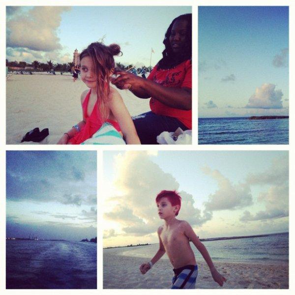 Depuis le 8 août, Travis est au Bahamas avec sa famille.