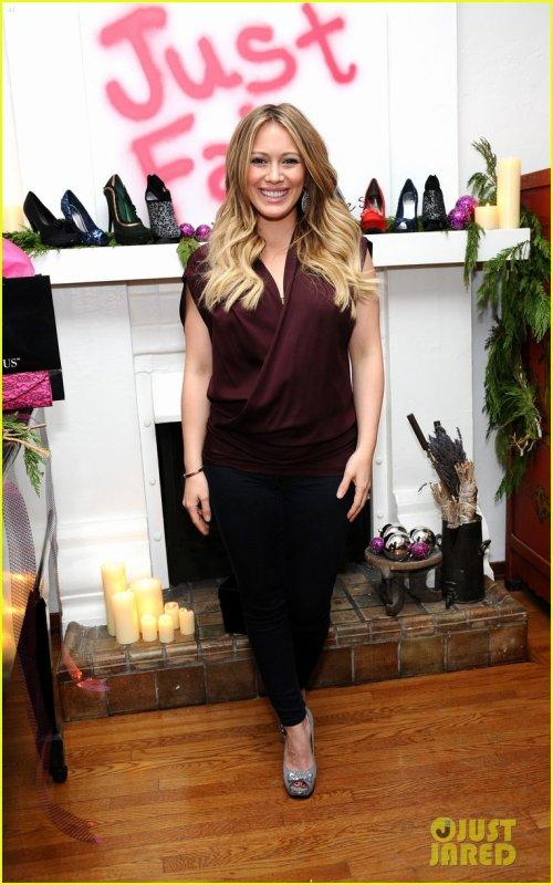 Hilary Duff (30/11)