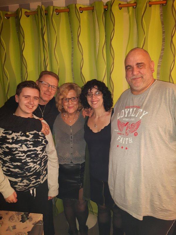 Notre lolo, nos amis zezette et David et nous