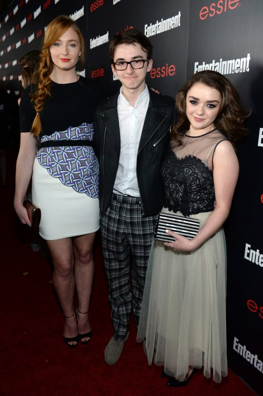 Sophie Turner - Isaac Hempstead Wright - Maisie Williams