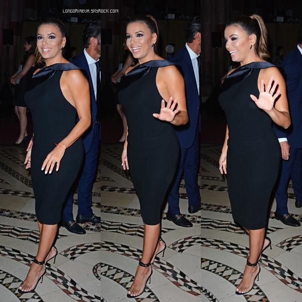 07/08/17 : Eva s'est rendue à la cérémonie Ace Awards qui a lieu à - New-York. Eva portait une sublime robe noire qui lui va à merveilles. TOP ![/font=Arial]