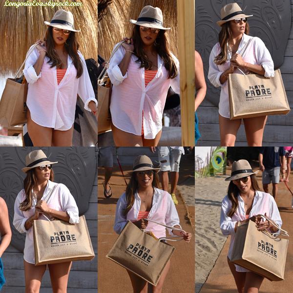 13/07/17 : Eva a été aperçue quittant la plage de Marbella , en - Espagne. Concernant sa tenue que la ravissante Eva portait, je lui accord un top car elle est magnifique !