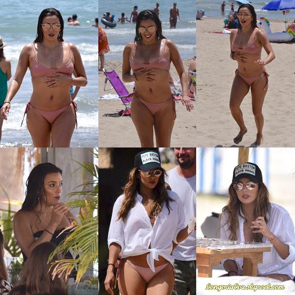 16/07/17 : Eva a été photographiée sur la plage de Marbella , en - Espagne. Concernant sa tenue, il y a rien à dire puisque c'est un maillot de bain.