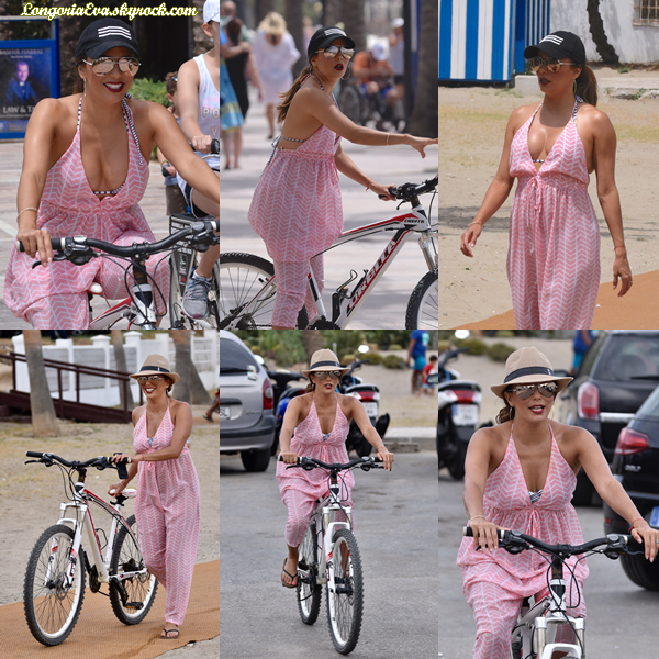 18/07/17 : Eva a été photographiée faisant du vélo à Marbella , en - Espagne. Concernant sa tenue, elle portait une tenue basée sur le rose et le blanc, je lui donne un top.