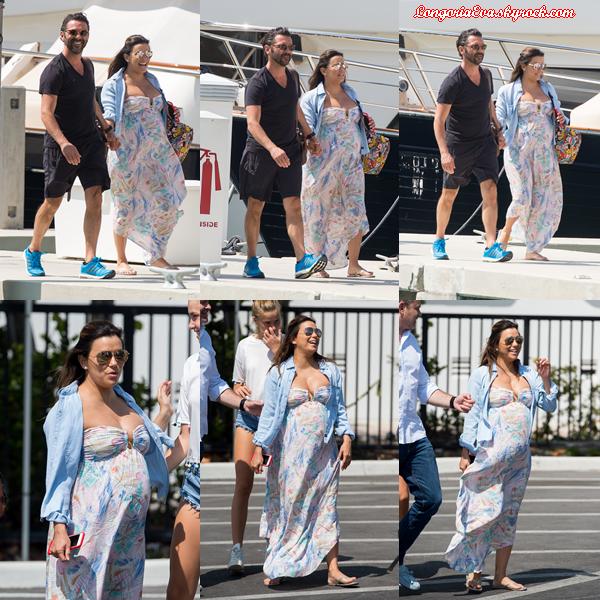 18/03/18 : Eva se promenait sur un yacht de luxe avec son mari  Jose Baston  à Miami , en - Floride. Très peu de photos disponibles encore une fois mais la jolie actrice est pardonnée en nous montrant son joli ventre.