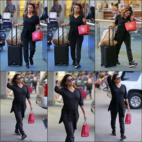 19/06/17 : Eva de retour  à Vancouver , au - Canada.