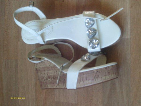 Chaussures compensés, taille 38 : 7 e la paire