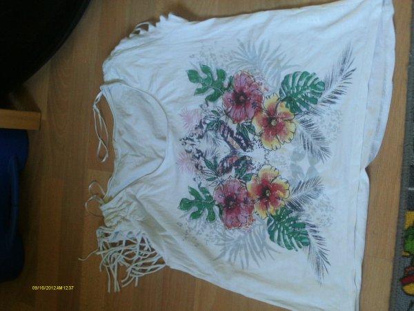 Tee shirt / pull : 3 e