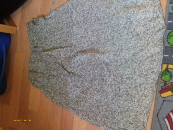 Robes, taille M: 5 e