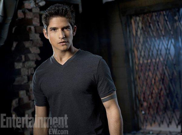 Entraitement Weekly a dévoilé les premières photos de la saison 3 de Teen Wolf
