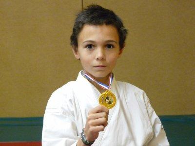 Dylan, champion de la ligue cote d'azur 2011 de kumité