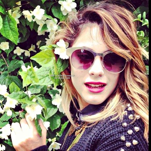 Voici toutes les photos de Martina / Violetta en France, à Paris !