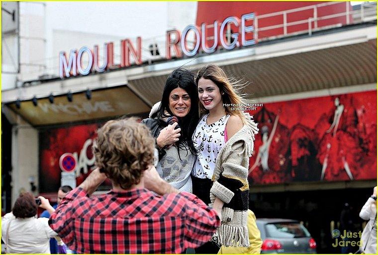 Voici de nouvelles photos Martina à Paris en France !