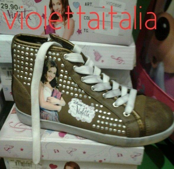 Nouvelles chaussures de Violetta !