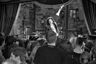 Shirley Souagnon présente chaque mois les Jam Sessions !!