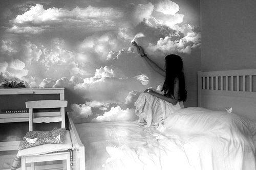 Je continue de rêver, ça blesse moins que la réalité