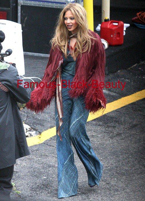 Hot! ou Hmm ...:. Beyonce Rechercher Roberto Cavalli vidéo par Claire