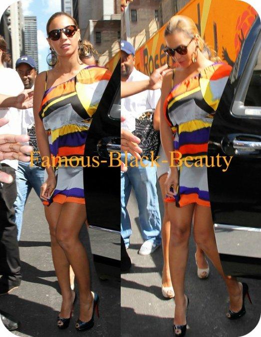 Cherchez Moins: Culture Beyonce New York amour tissée colorée géométriques Une robe épaule par Claire