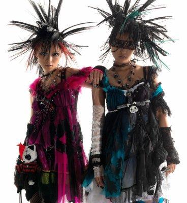 mode         == punk lolita==