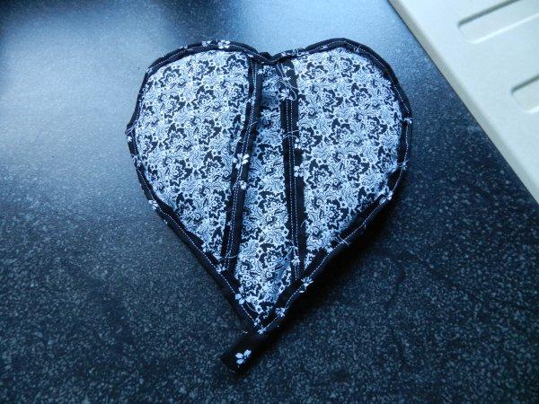 Encore une manique en forme de coeur