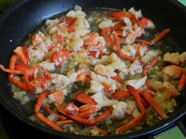 Coquillettes de pâtes au homard