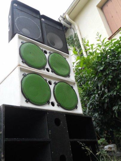 http://soundcloud.com/toonzshop-records/flying-agaric-06-natas-life