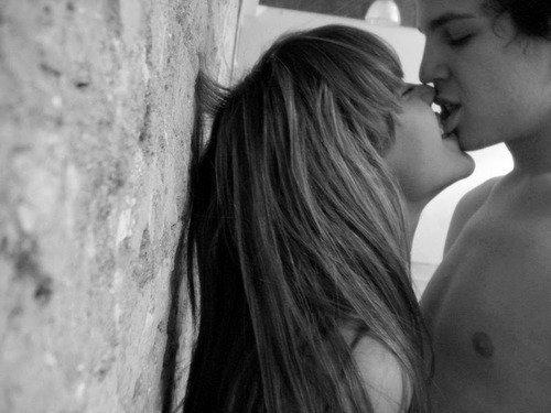 En tombant amoureuse de toi , je me suis fait le mal que jamais j'aurai pus faire de ma vie.