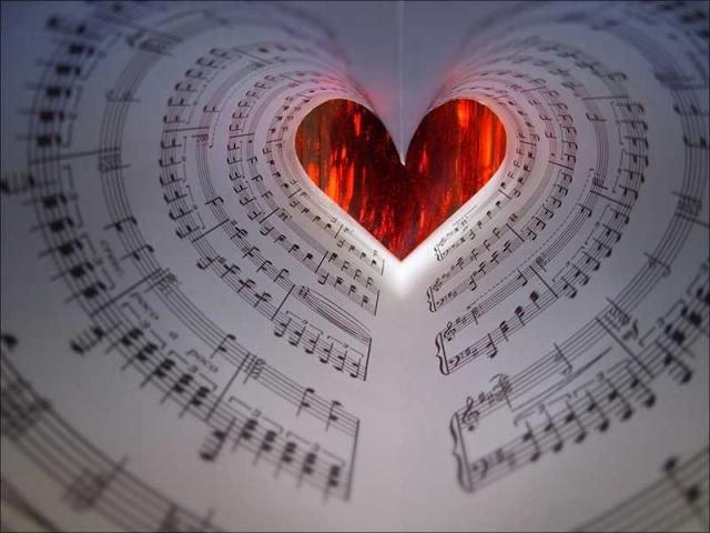 L'amour ? C'est comme la musique . Beau , doux , brut et fragile ...