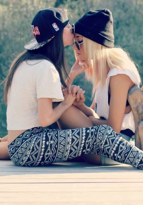 vive les lesbiennes humm