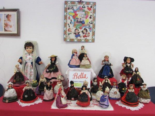 Ma petite collection des poupées folkloriques Bella